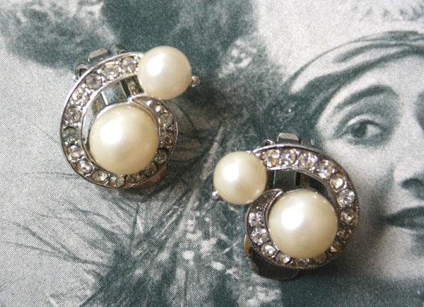 Ohrclips mit Strass und Perlen 50er/60er