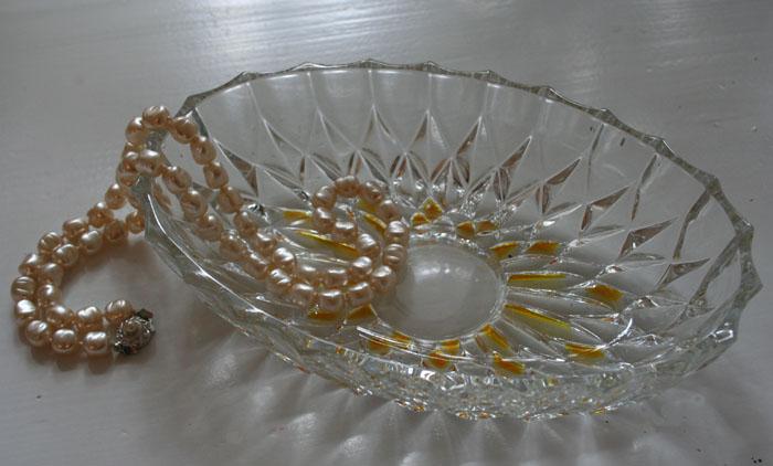 Geschliffene Schmuckschale Glas